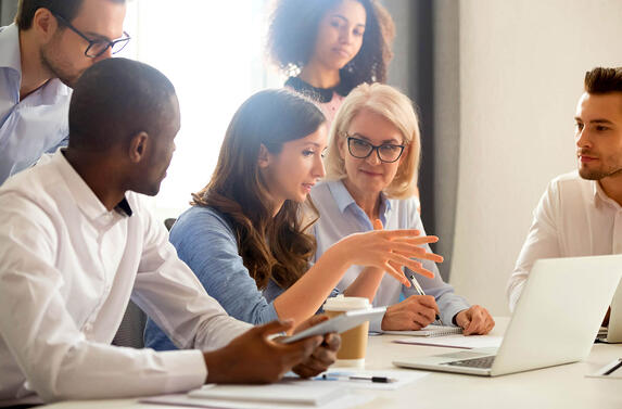 3 Training Programs to Improve Business
